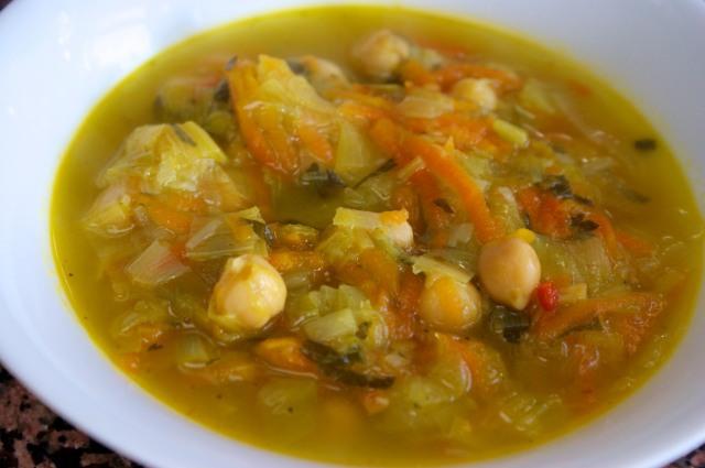 Leek, chickpea, lemon soup